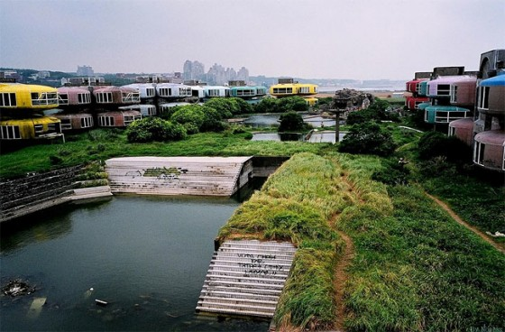Taiwan's abandoned resort town and the future that never was
