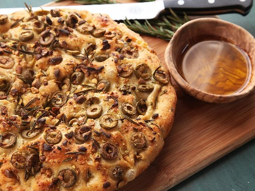 This No-Knead Olive-Rosemary Focaccia With Pistachios Takes Just 15 Minutes of Prep