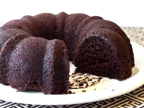 Easy Gluten-Free Chocolate Bundt Cake Recipe