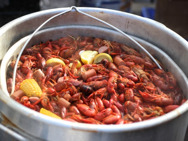 Learning the Ways of the Crawfish Boil at Toon's Bar & Grill