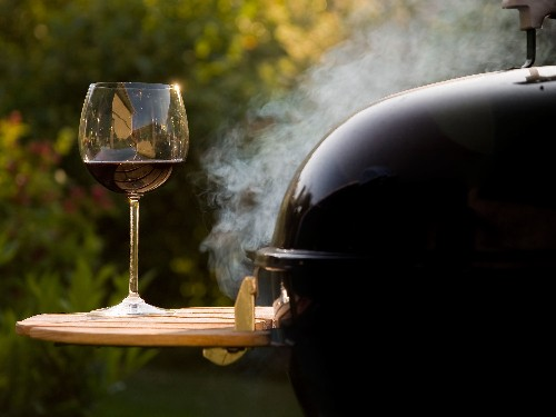The Ultimate Backyard BBQ Wine Pairing Cheat Sheet