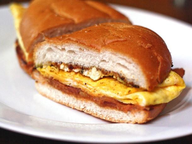 Breakfast Torta With Bacon, Eggs, and Chipotle Guacamole Recipe