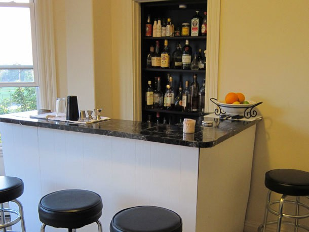 Ergonomics and How to Organize Your Home Bar