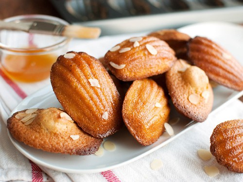 Madeleines: Fancy French Cookie-Sized Cakes That Are Easy to Make at Home