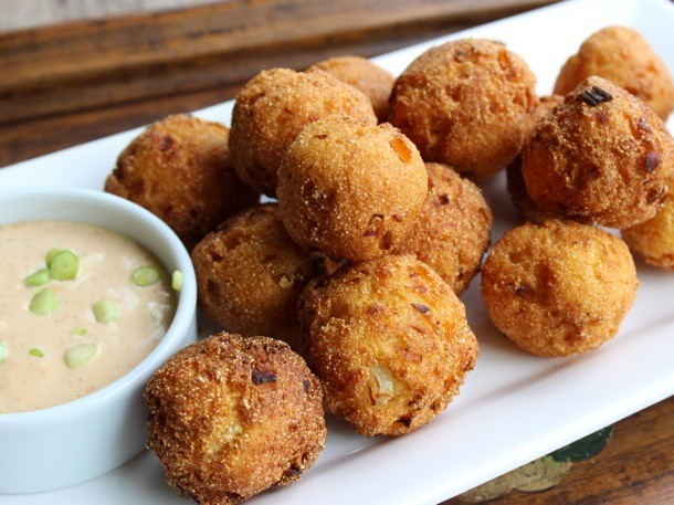 Buttermilk Hushpuppies Recipe