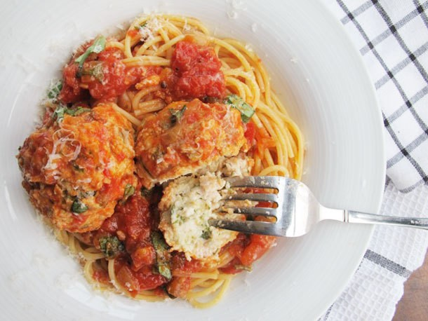 Spaghetti and Parmesan Chicken Meatballs Recipe