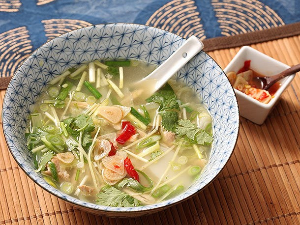 Easy Chicken and Ginger Soup With Rice Cakes, Chives, and Quick-Pickled Garlic Recipe
