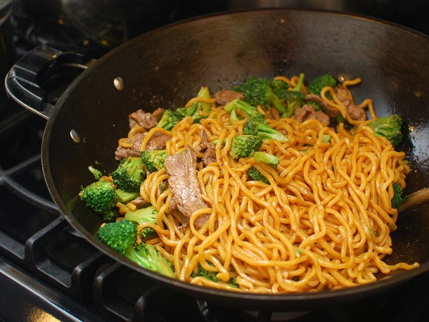 Stir-Fried Lo Mein With Beef and Broccoli Recipe