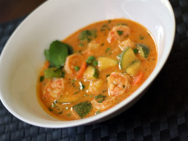 Red Curry with Shrimp, Zucchini, and Carrot Recipe