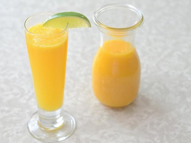 Mango-Orange Bellini Recipe