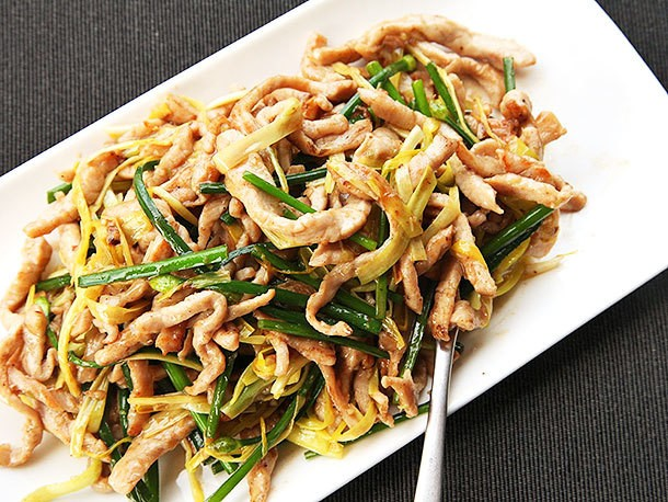 Stir-Fried Sliced Pork With Yellow Chives Recipe