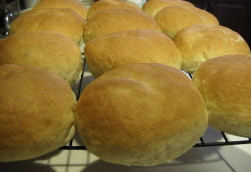 Bread Baking: Light Rye Buns Recipe