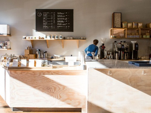Coffee's Third Wave (Finally) Washes Ashore in Seattle