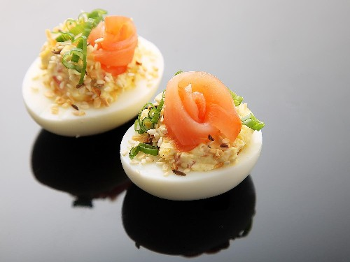 Everything Bagel Deviled Eggs (Smoked Salmon, Sesame and Caraway Seeds, and Dried Onion) Recipe