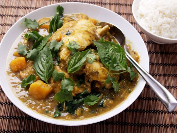 Pressure Cooker Thai Green Chicken Curry With Eggplant and Kabocha Squash
