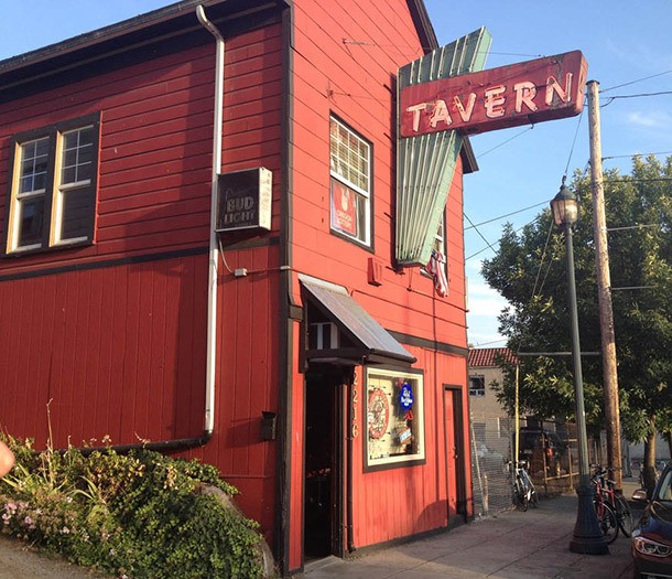 The Best Dive Bars in Portland, OR