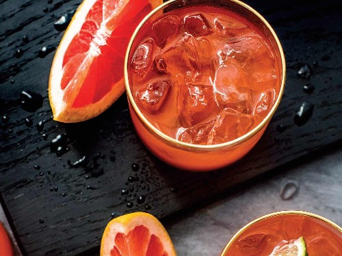 Introducing Batch Cocktails: A Serious Eater's Guide to Drinks for a Crowd