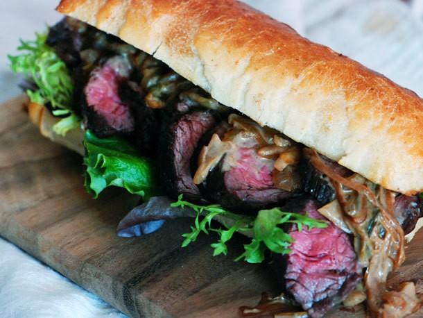 Steak with Caramelized Onion-Jalapeño Sauce Recipe