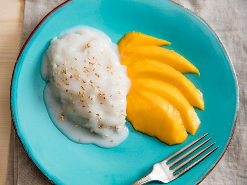 Thai Coconut Sticky Rice With Mango (Khao Niao Mamuang) Recipe