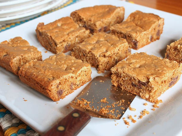 Gluten-Free Tuesday: Browned Butter Chocolate Chip Cookie Bars