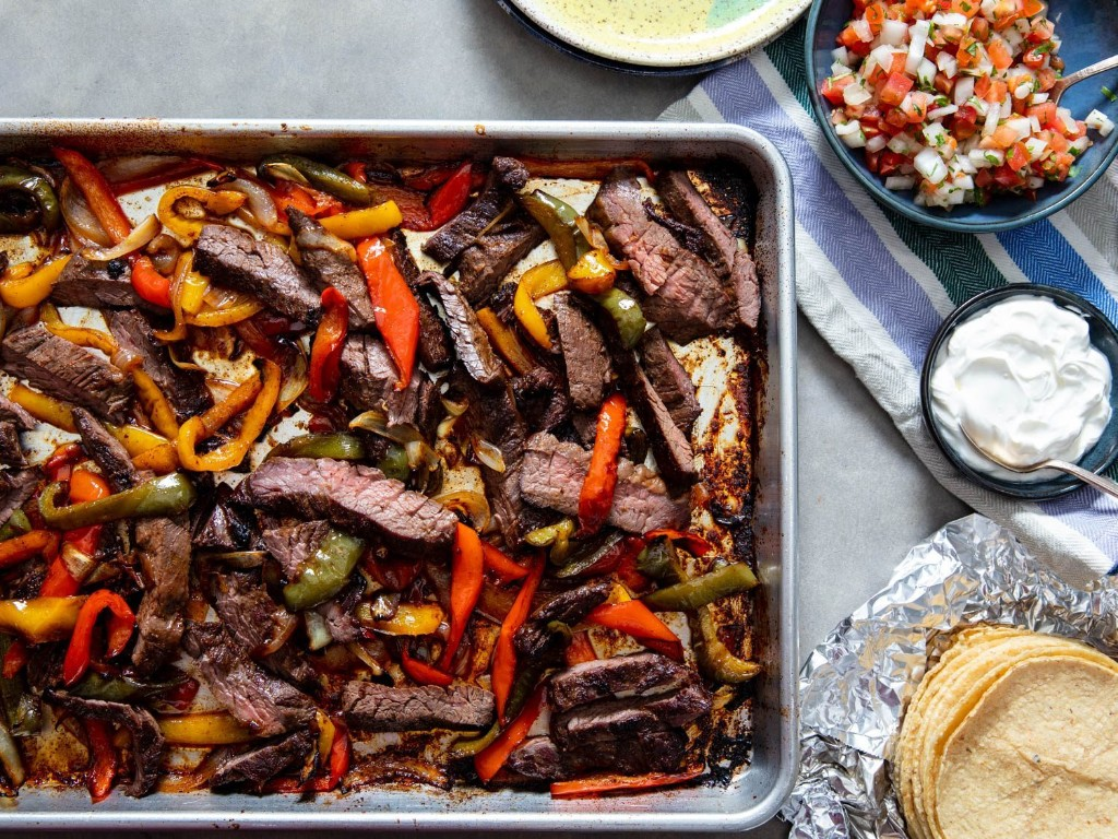 How to Make a Sheet-Pan Dinner With No Recipe