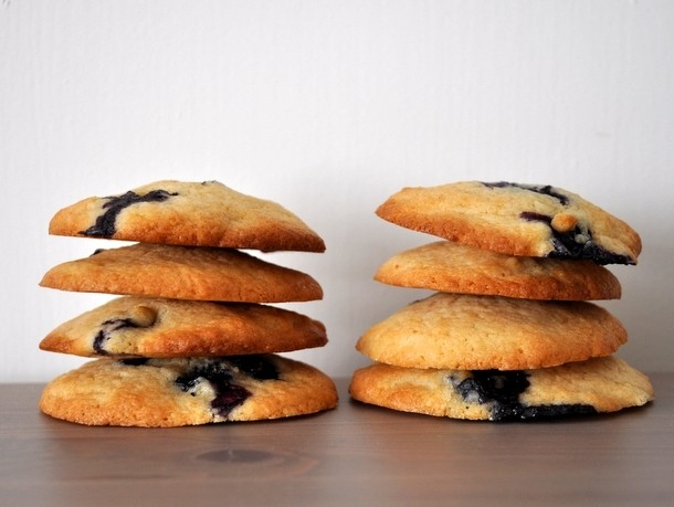 Make This Now: Blueberry Cookies