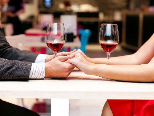 Why You Shouldn't Dine Out on Valentine's Day