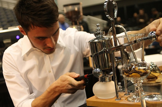 Weird Coffeemakers: How the Belgian Balance Brewer Works