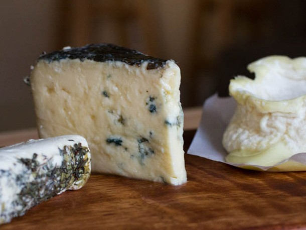 How to Host A Beer and Cheese Tasting Party