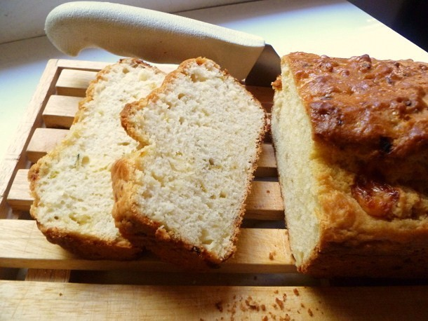 Bread Baking: Pepper and Jack Beer Bread Recipe