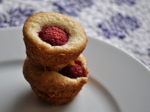 Wake and Bake: Lemon Raspberry Mini Muffins