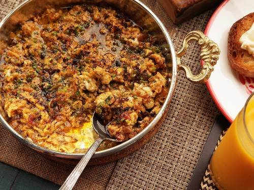 How to Make Menemen, the Turkish-Style Scrambled Eggs That Haunt My Dreams