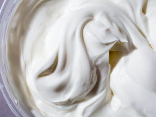 How to Make Yogurt and Greek Yogurt at Home