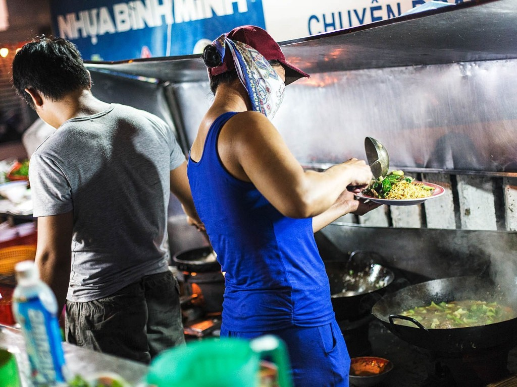 Skip the Beaches and Hit the Streets: A Crawl of Da Nang's Amazing Street Food