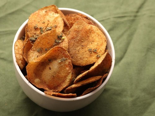 Stuffing-Flavored Potato Chips Recipe