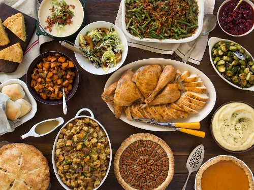 A Classic Thanksgiving Menu to Feed a Crowd