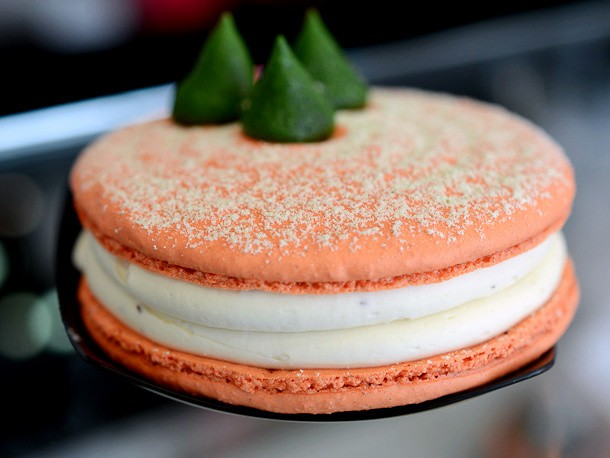 A Pumpkin Sandwich Cookie From the Macaron Experts at Bisous Ciao