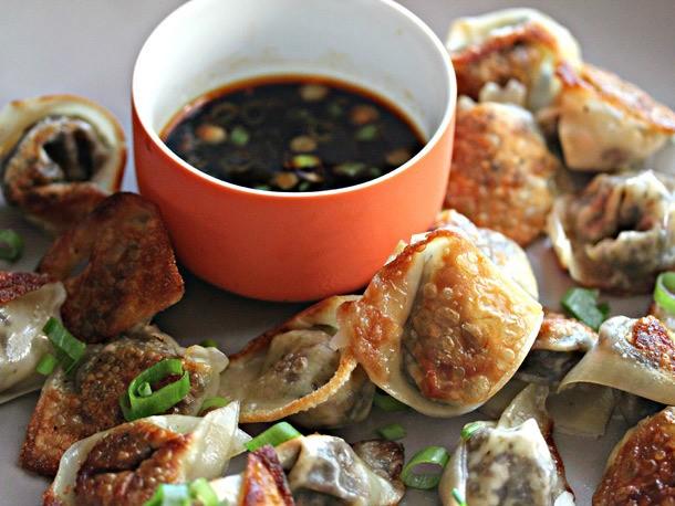 Mushroom-Spring Onion Dumplings With Black Vinegar-Chili Dipping Sauce