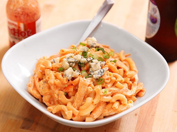 Buffalo Chicken Macaroni and Cheese Recipe