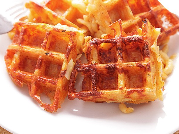 How to Make Macaroni and Cheese Waffles