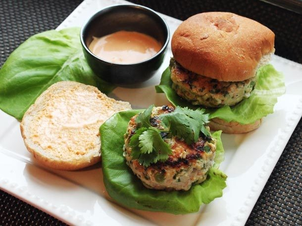 Skillet Chicken Burgers with Ginger, Scallions, and Sriracha Mayonnaise Recipe