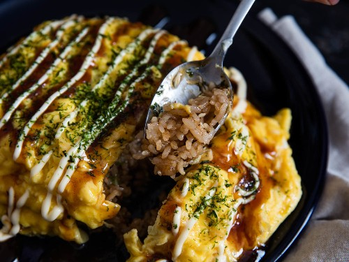 How to Make Omurice (Japanese Fried-Rice Omelette)