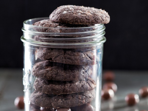 Side-Slap and Tickle Cookies From 'Sweet and Vicious'