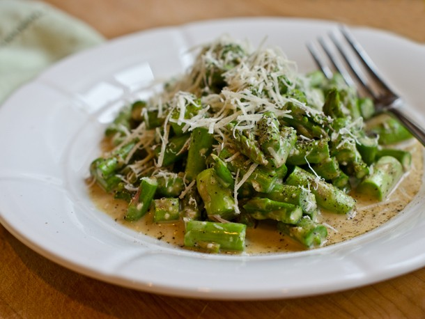 Raw Asparagus Caesar Salad Recipe