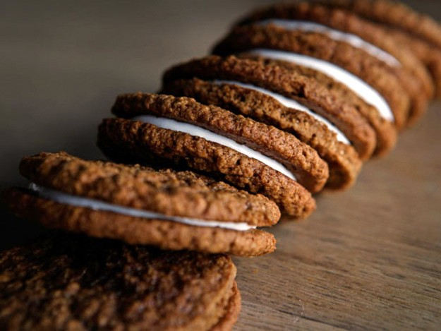A Cookie a Day: Oatmeal Creme Pies