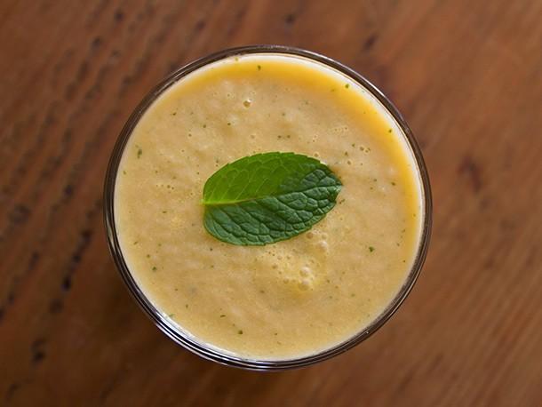 Melon-Mint Smoothie Recipe