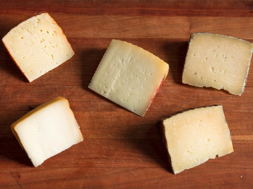 An Introduction to Manchego-Style Cheese