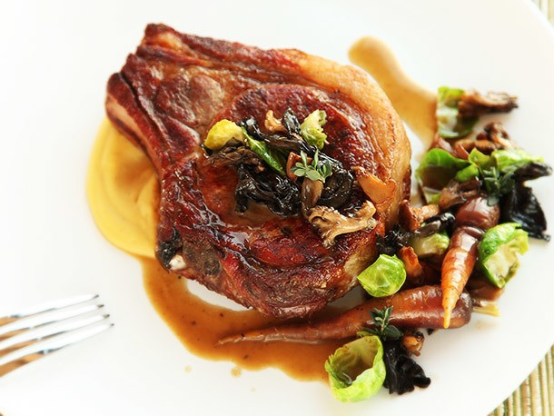 The Food Lab's Guide to Pan-Seared Pork Chops
