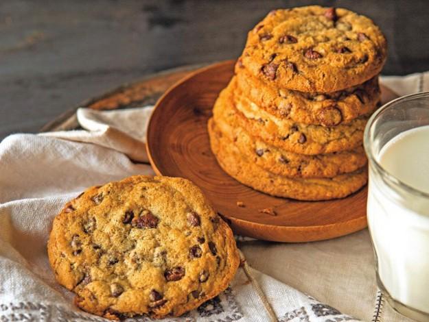 Sweet Gluten-Free Treats - Magazine cover