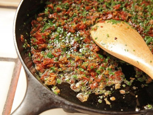 Easy Pull-Apart Pepperoni Garlic Knots Recipe